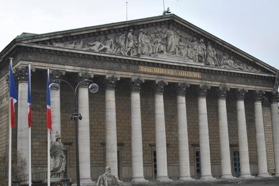تقرير عن الندوة التي اقيمت يوم 17 يناير في الجمعية الوطنية الفرنسية (البرلمان الفرنسي) لمناقشة السياسة القويمة تجاه نظام الملالي في طهران