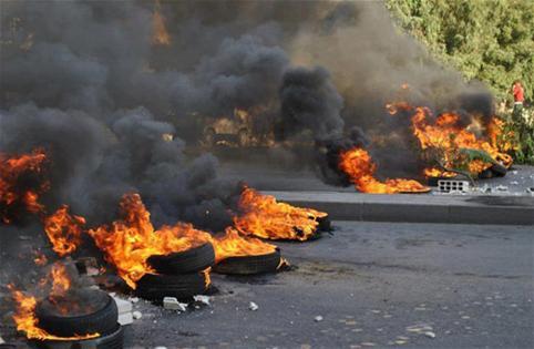 المحرر السياسي : بلد تشعله كلمة ولا يُقعده إلاَّ اعتذار