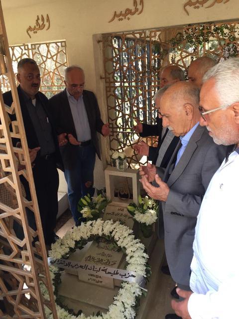 اكاليل ورد على اضرحة عدد من  شهداء وقادة البعث في عدد من المناطق اللبنانية بمناسبة ذكرى السابع من نيسان